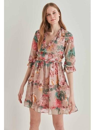 Vitrin Çiçek Desenli Fırfır Detaylı Elbise Bej